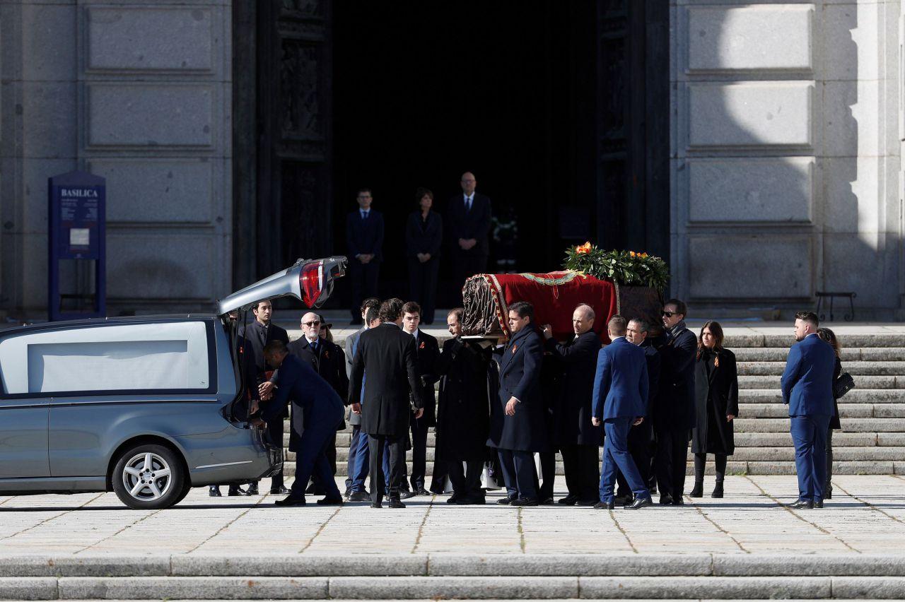 Coche fúnebre de Franco