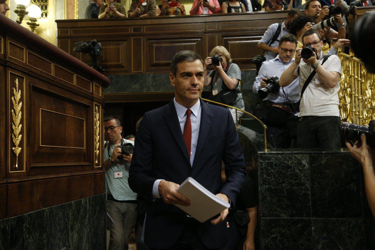 25 de julio: el líder del PSOE, en una jornada llena de tensión y reproches entre su partido y Podemos, perdía la segunda votación de investidura. Pedro Sánchez se quedaba de nuevo sin ser presidente por la actitud de los que actualmente son sus socios del gobierno de coalición que quiere formar