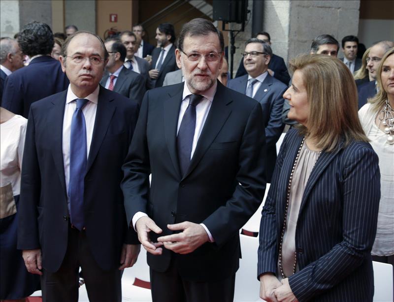 Rajoy anuncia una reunión de países europeos y africanos más importantes en el Mediterráneo tras los atentados de Túnez