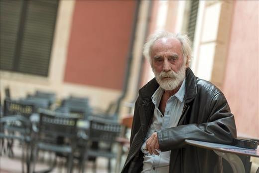Muere el cantautor Javier Krahe