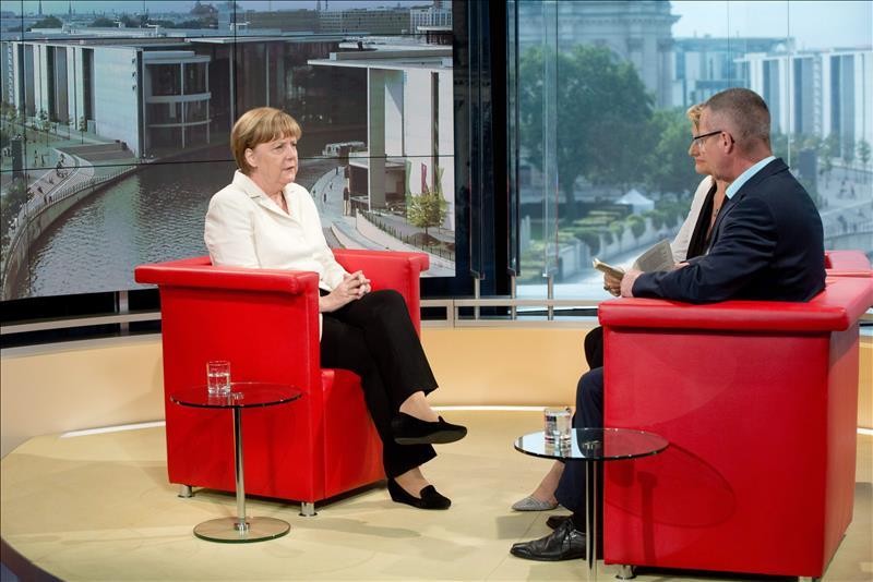 Merkel da por cerrada la polémica en torno a la salida de Grecia del euro