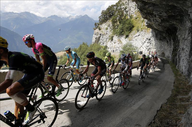 Quintana recorta medio minuto a Froome y Nibali se acerca al podio tras ganar la etapa