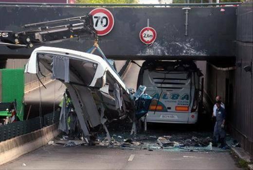 Ya son 17 los heridos del autobús dados de alta y 18 siguen hospitalizados