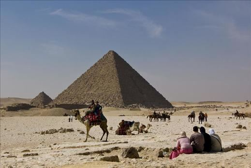 Una ola de calor excepcional hace sufrir a los egipcios y causa más de 90 muertos