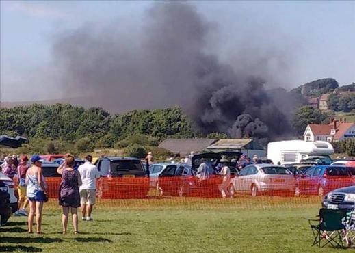 La policía británica eleva a 11 el número de muertos en el accidente de avión