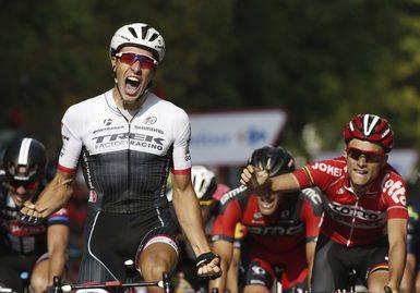 Victoria de Van Poppel en la duodécima etapa de la Vuelta y Aru mantiene el liderato