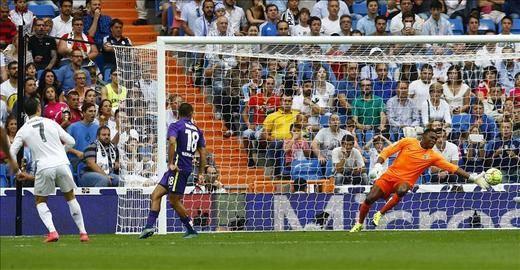 El Madrid pierde el liderato al empatar frente al Málaga