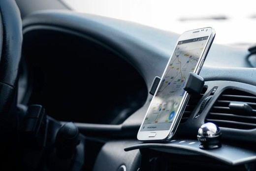 Yootak lanza el soporte móvil Kuva, diseñado para Smartphones de pantalla grande 6''