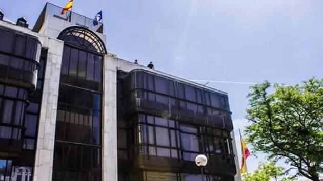 El colectivo ultraderechista Hogar Social Madrid okupa otro edificio en la capital