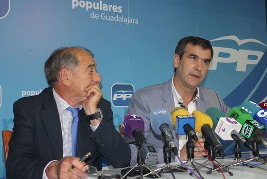 Antonio Román no seguirá como portavoz de la oposición si no consigue gobernar