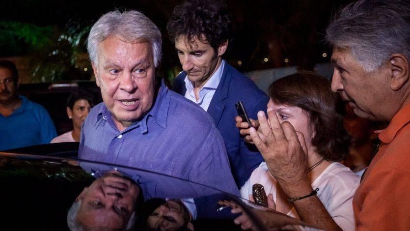 Felipe González visita al primero de los presos políticos: Venezuela 'necesita mucho diálogo'