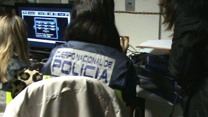 Decenas de nuevas detenciones en Andalucía por los cursos de formación amargan la investidura de Díaz