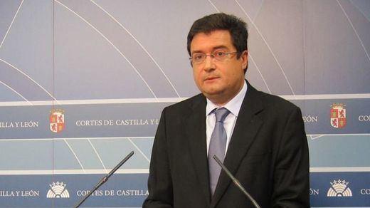 El PSOE exige a Rajoy la convocatoria inmediata de elecciones generales anticipadas