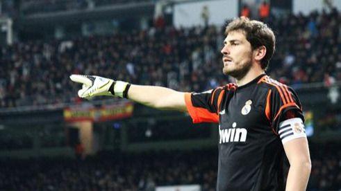 El capitán 'abandona' el barco: Casillas saldrá del Real Madrid este verano