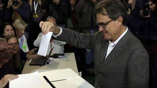 El TC declara inconstitucional la consulta alternativa del pasado 9-N en Cataluña