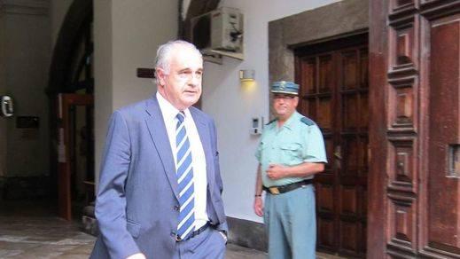 ¿La imagen del pasado en Valencia?: Blasco ingresa en la cárcel de Picassent