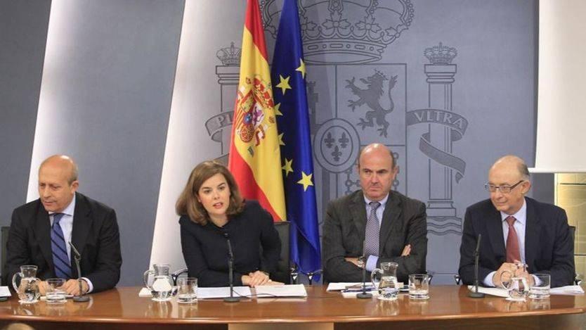 Los ministros, pendientes de los cambios de Rajoy: así están las quinielas de 'favoritos' a salir del Gobierno
