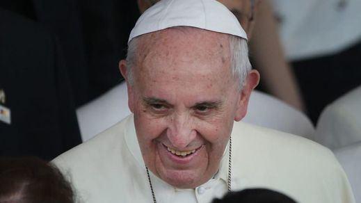 El Papa ecologista nos insta a ahorrar calefacción, agua, reciclar o compartir coche para no contaminar