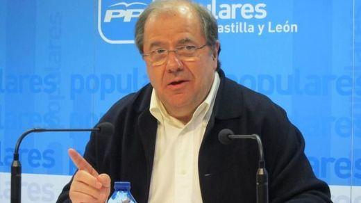 Ciudadanos hace posible la continuidad del PP y Herrera al frente de la Junta de Castilla y León