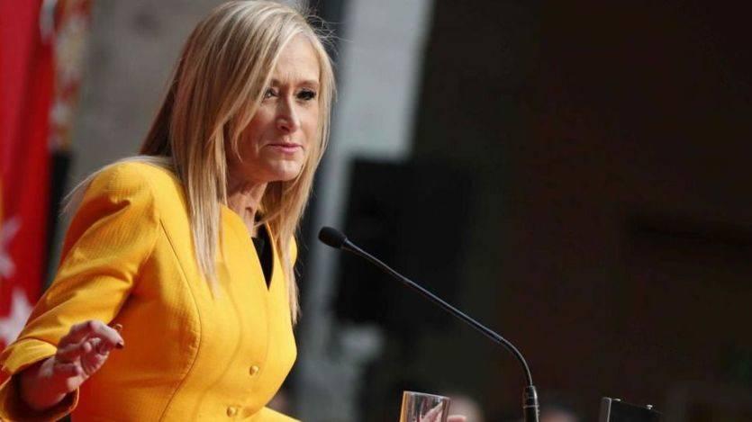 Cifuentes, investida presidenta de la Comunidad de Madrid, elogia a sus antecesores Leguina, Gallardón, Aguirre y González