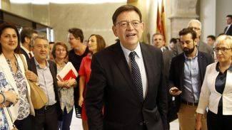 Ximo Puig promete el cargo de presidente de la Generalitat Valenciana y se convierte en el sexto jefe del Consell