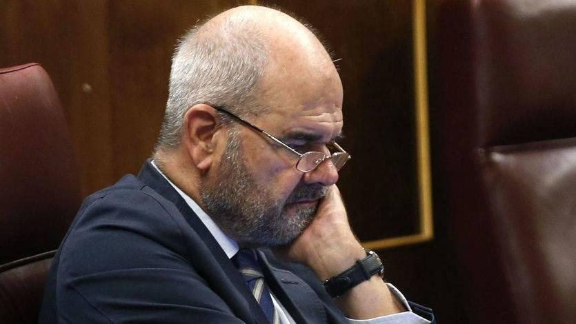 Chaves la toma con el juez del Supremo que le inculpó y le acusa de desconocer el proceso legislativo