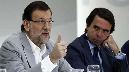 Rajoy responde a las críticas de Aznar defendiendo la labor del Ejecutivo