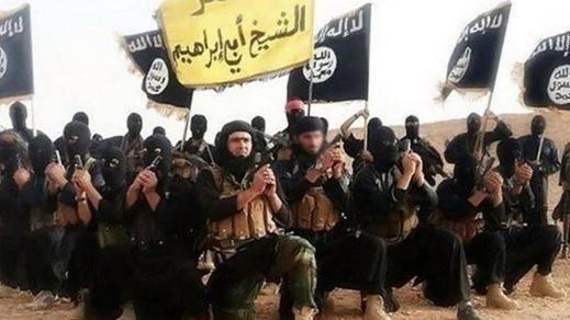 El Estado Islámico crucifica a 5 personas por saltarse el Ramadán y decapita a 4 por 'brujería'