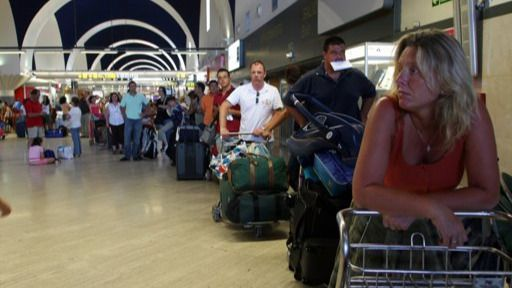 Aena sigue 'levantando el vuelo': 93 millones de pasajeros pasaron por los aeropuertos españoles en el primer semestre del año