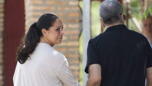 España respira tranquila: Isabel Pantoja no ha tenido trato de favor en la cárcel