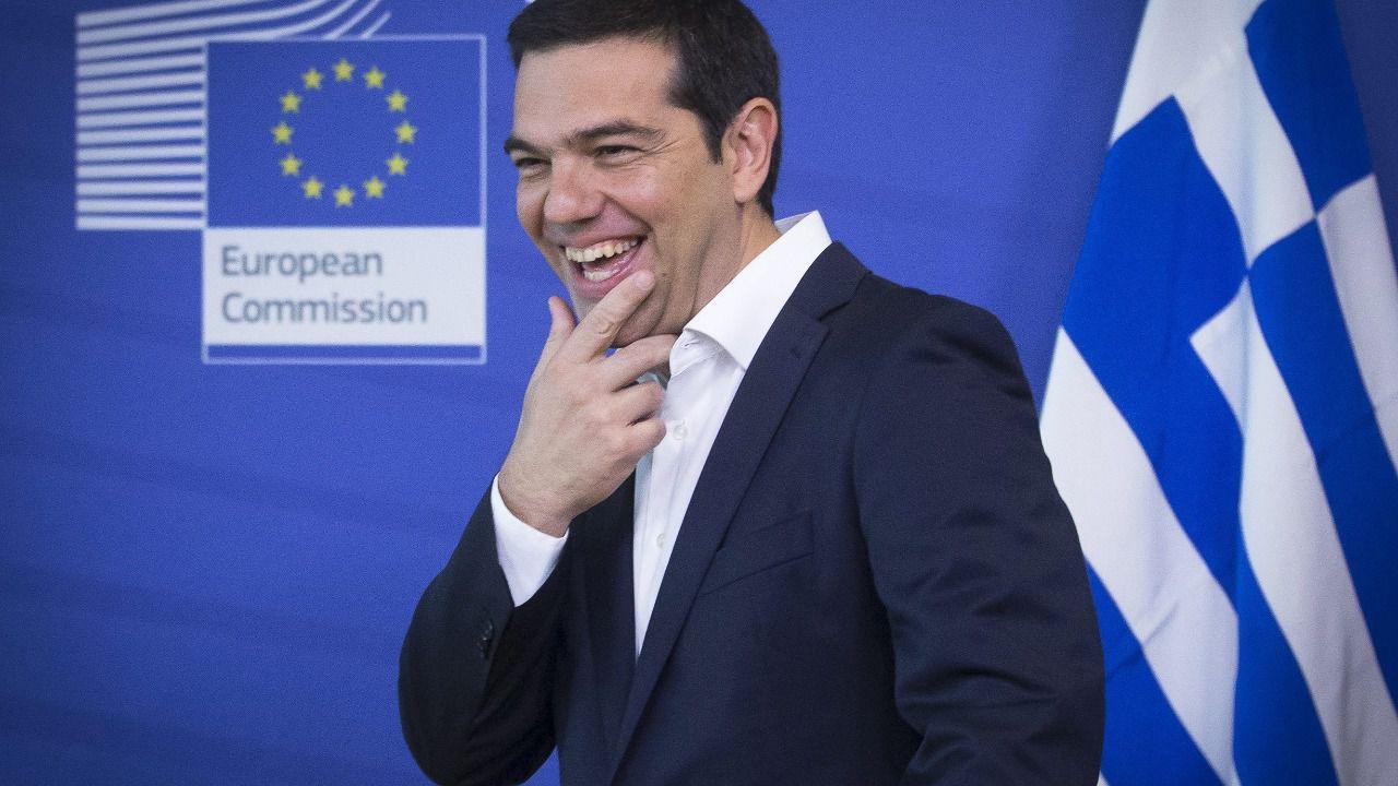 Tsipras habla por teléfono con varios dirigentes europeos