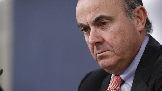 De Guindos: Grecia tiene derecho a pedir un tercer rescate que España apoyará y la troika debe hacer autocrítica