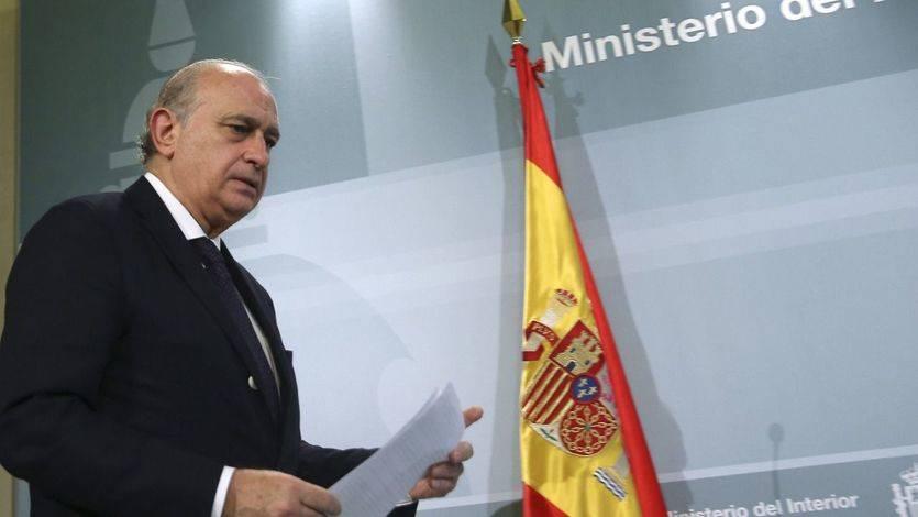 El Gobierno señala que Bildu ha violado 'flagrantemente' la ley al ondear la ikurriña en Pamplona