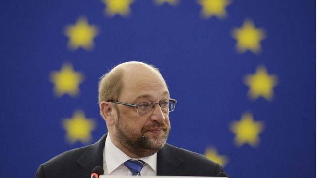 El Parlamento Europeo da luz verde a la negociación del tratado de libre comercio con EEUU