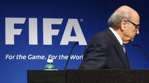 FIFA se escribe con F de Mafia: Tomas Kistner lo explica en su documentadísimo libro