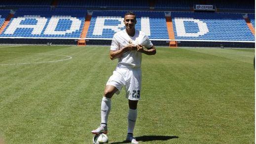 El Real Madrid presenta a su nuevo defensa, Danilo