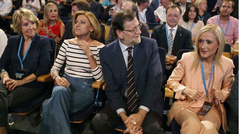 Rajoy el invitado sorpresa en la apertura de la Conferencia Política con una aparición sorpresa