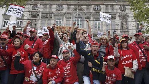La Audiencia Nacional da tres días a Coca-Cola España para readmitir a los trabajadores despedidos