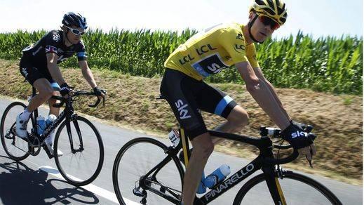 Froome fulmina a sus rivales en la primera etapa de montaña del Tour