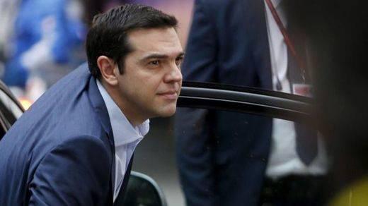 Nada está acabado aún: la crisis griega volverá si hoy su Parlamento desaprueba el rescate