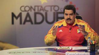 Nicolás Maduro se ríe de la