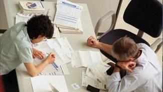 Hacienda fija un plazo de 15 d�as para negociar la subida salarial de los funcionarios