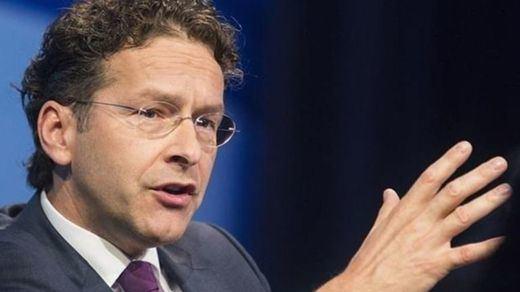 Dijsselbloem da una lección y exige a Alemania que deje de hablar de la salida de Grecia del euro