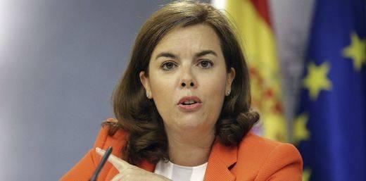 La 'vice' Sáenz de Santamaría ridiculiza la lista unitaria catalana, formada por