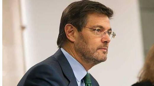 Duras críticas del ministro Catalá al alcalde del PP que llamó