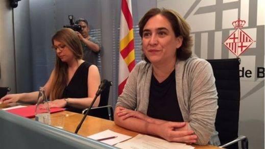 Colau no asistirá al acto de inicio de las obras del tren a El Prat