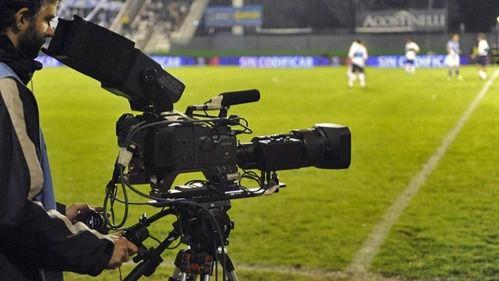 Multa de 15 millones a Telefónica y Canal+ por la venta de los derechos televisivos del fútbol