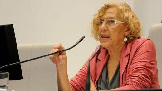 Manuela Carmena anuncia la paralización de los desahucios de 220 vecinos en Madrid