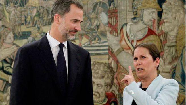 Uxue Barkos pide al Rey 'un voto de confianza' para su Gobierno con Bildu y Podemos