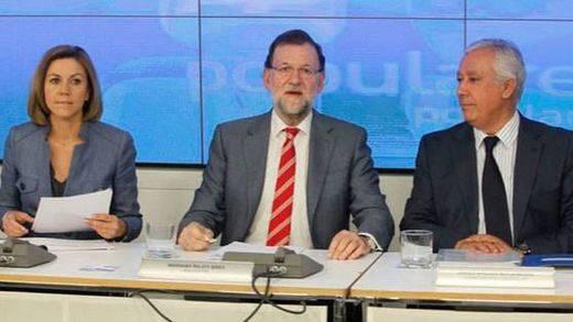 Rajoy se reúne con los cargos provinciales del PP para dejar claro que tiene el mando del partido